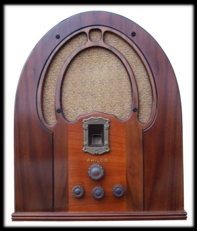 Philco 89B by Steve & Theresa